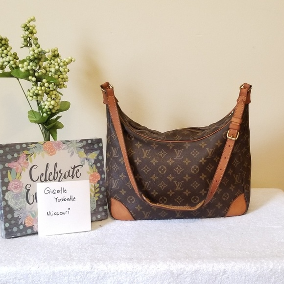 Louis Vuitton Handbags - LV bolougne 30 authentic